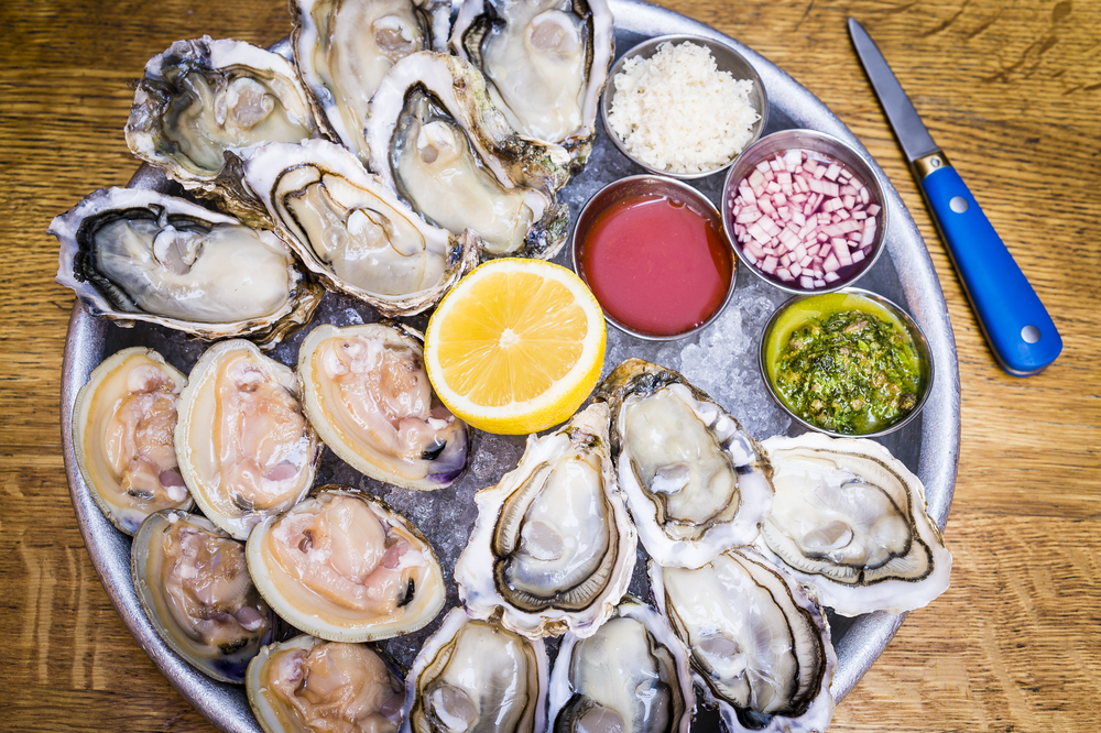 The Richmond, Oyster & clam platter.jpg