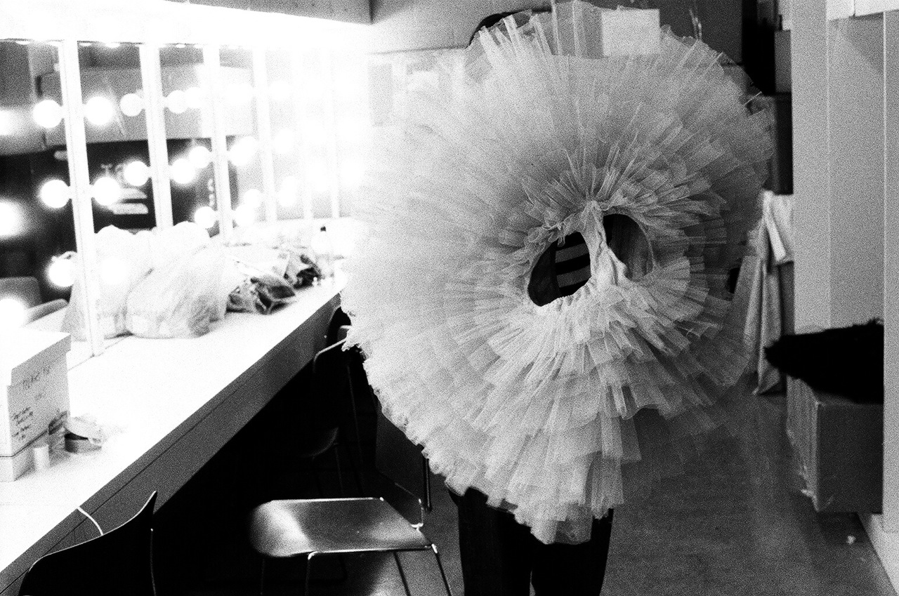 Went to see the Black Swan and Rodarte exhibit at MOCA in LA this weekend. It was all so so beautiful!! …and so so tiny    autumndewilde :     BLACK SWAN    practice tutu for natalie portman     designed by kate and laura mulleavy of rodarte     shot in purchase, new york     january 2010
