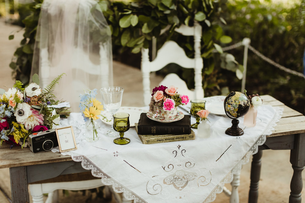 Beautiful sweetheart table