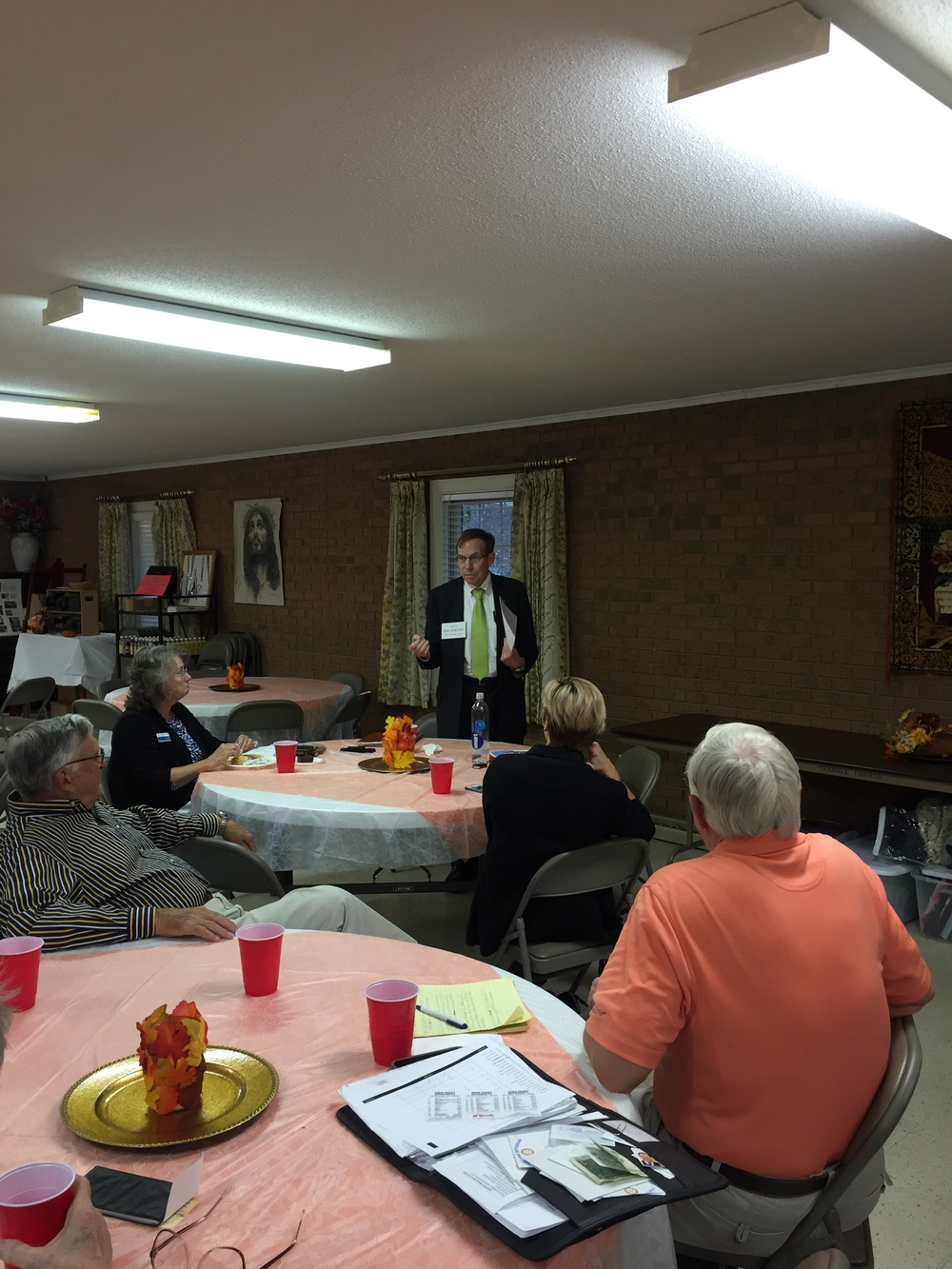 Justice Edmunds speaks to Jamestown Rotary, 20 October 2015.