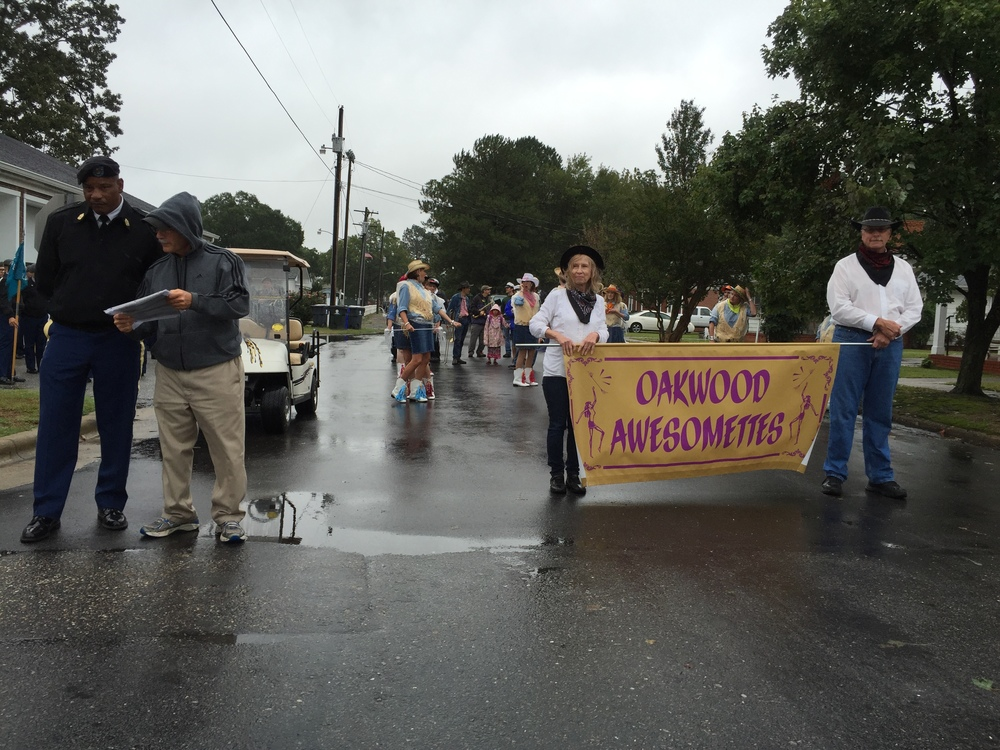 Justice Edmunds at Benson Mule Day Parade, 26 September 2015.