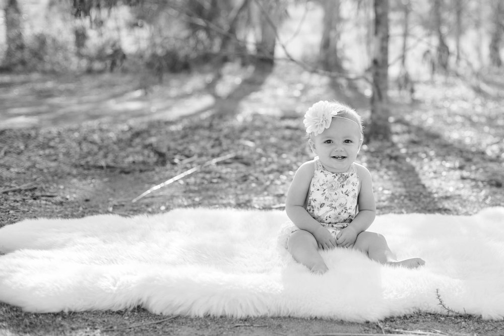 Isla Cutrano1st Bday shoot-2.jpg