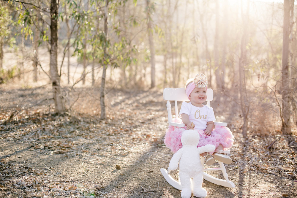 Isla Cutrano1st Bday shoot-18.jpg