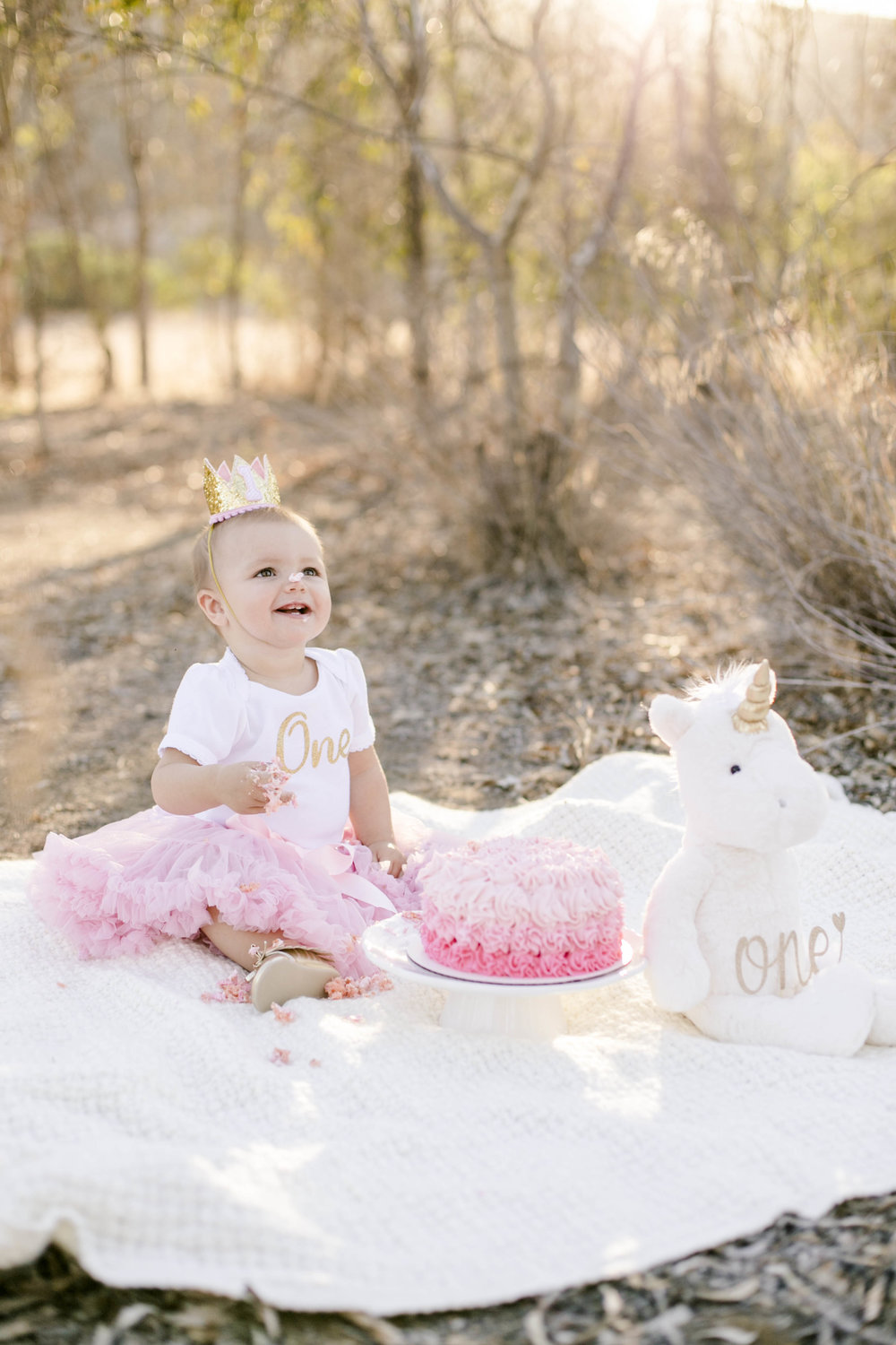 Isla Cutrano1st Bday shoot-25.jpg