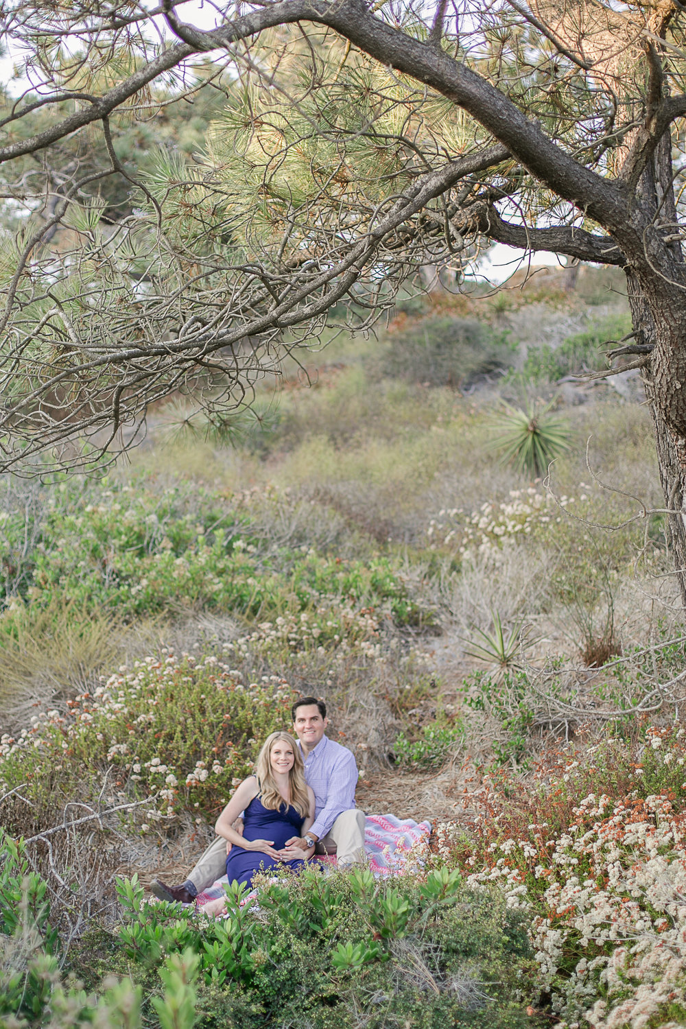 Shane_&_Shayna_Torrey_Pines Maternity_Session_2017-14.jpg