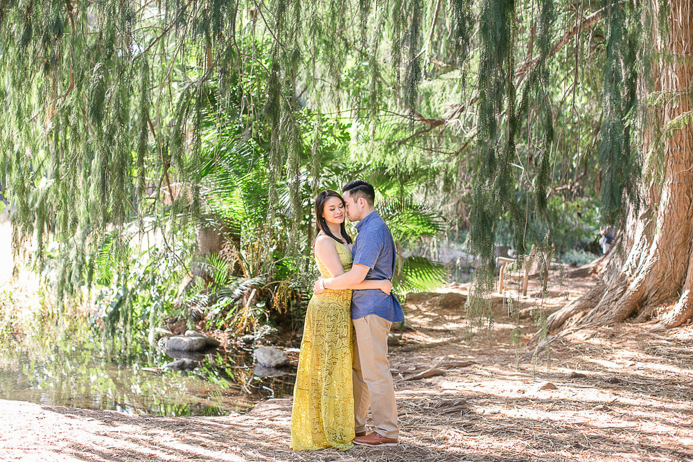 Jen_and_Derek_LA_Arborteum_and_Pasadena_Engagement_Session-1.jpg