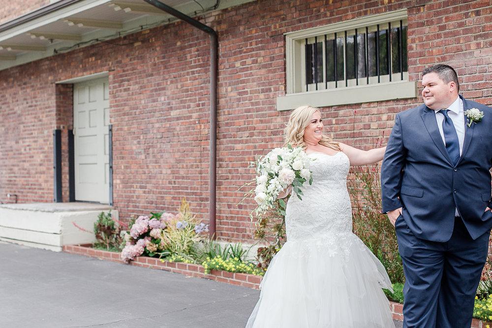 Jen_&_Mike_Del_Mar_Powerhouse_Wedding_2017-27.jpg