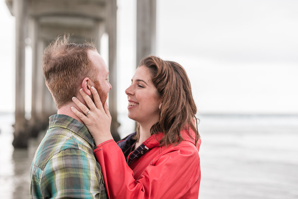 Sarah and Matt's Torrey Pines Gliderport and Scripps Pier Engagement Session 2018-11.jpg