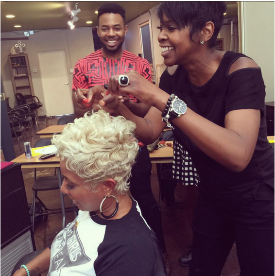 Najah demonstrates WOW LTR Styling at a Look & Learn class