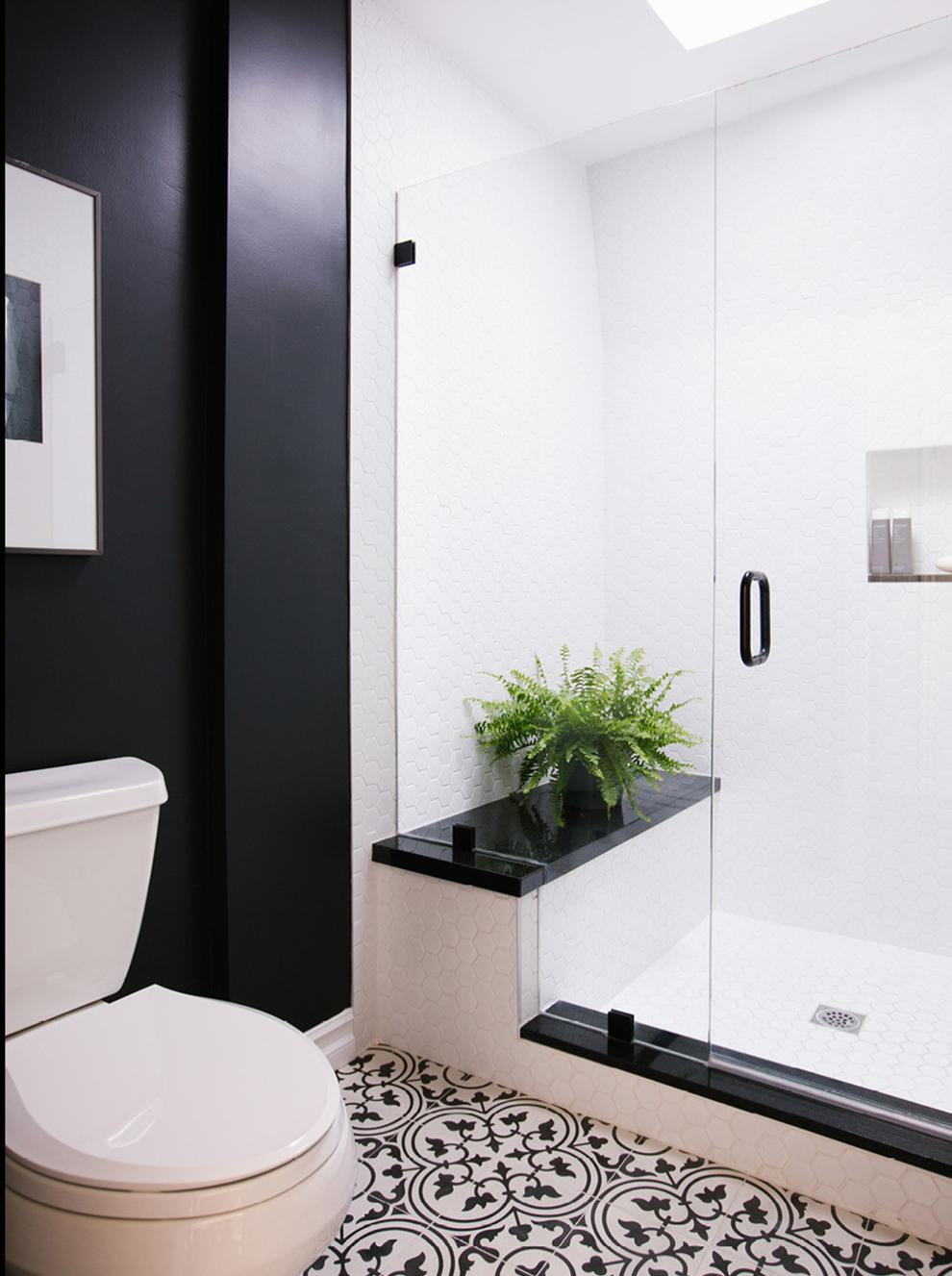 CAITLIN MCCARTHY HANDCOCK PARK Bathroom 2.jpg