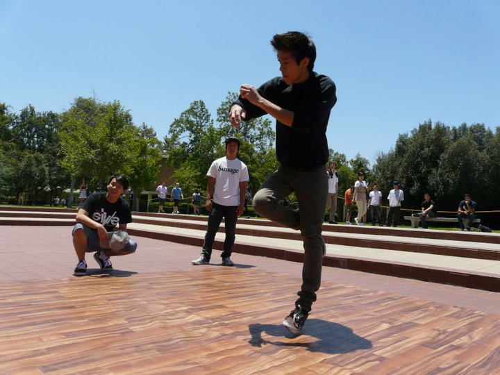 Breakdancing with UCR's Illerside B-Boys (2011)