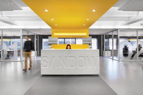 golden yellow office design