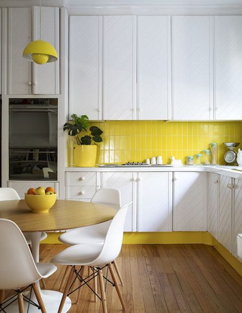 yellow retro kitchen via apartment therapy