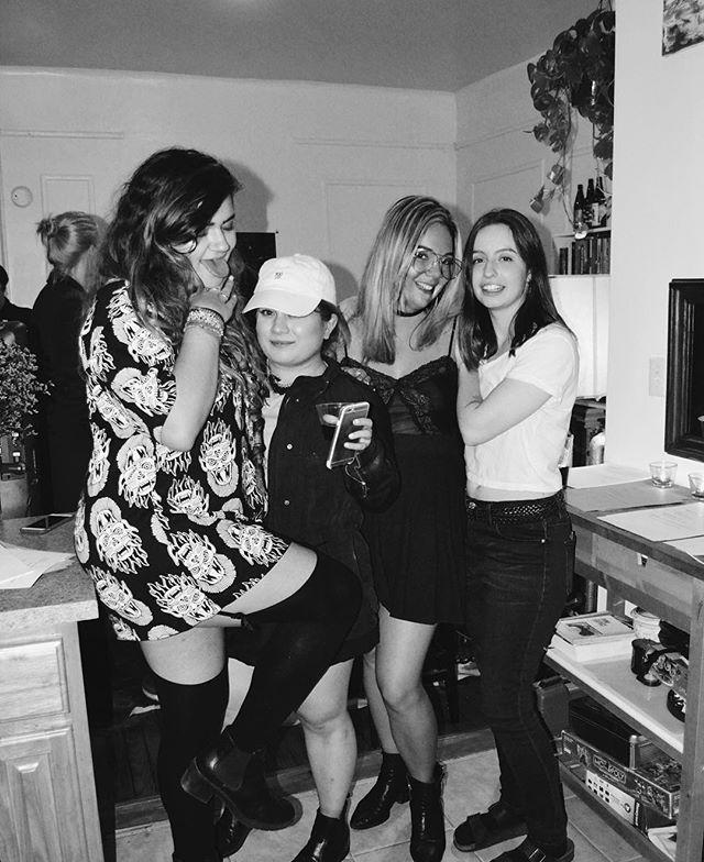 4 of 10 enTITLEd ladies from last week's show @g.abriella.moreno @sarahhaege @vhristoff @mirandashhlick