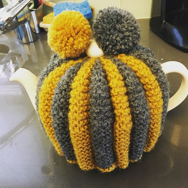 So I may have been watching too much British TV ... #knittersofinstagram #knitting #teacozies #yarnnomads #newyorkknitter #knittersofnewyork