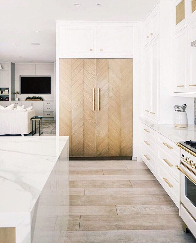 Hi, I would like to introduce you to the prettiest refrigerator that has ever lived😍😍 This Newport beach house by @ericabryendesign looks so dreamy! These custom fridge doors are an amazing addition to the space. 👏👏👏 Photo by @ryangarvin . . . . . #interior #interiordesign #designer #interiordesigner #kitchendesign #kitchen #custom #woodworking #chevron #architecture #kitchenremodel #housetour #newportbeach #california #beachhouse #coastal #architecturephotography #designlife #refrigerator #homestyle #wood #realestate #realestateagent #builder #orangecounty