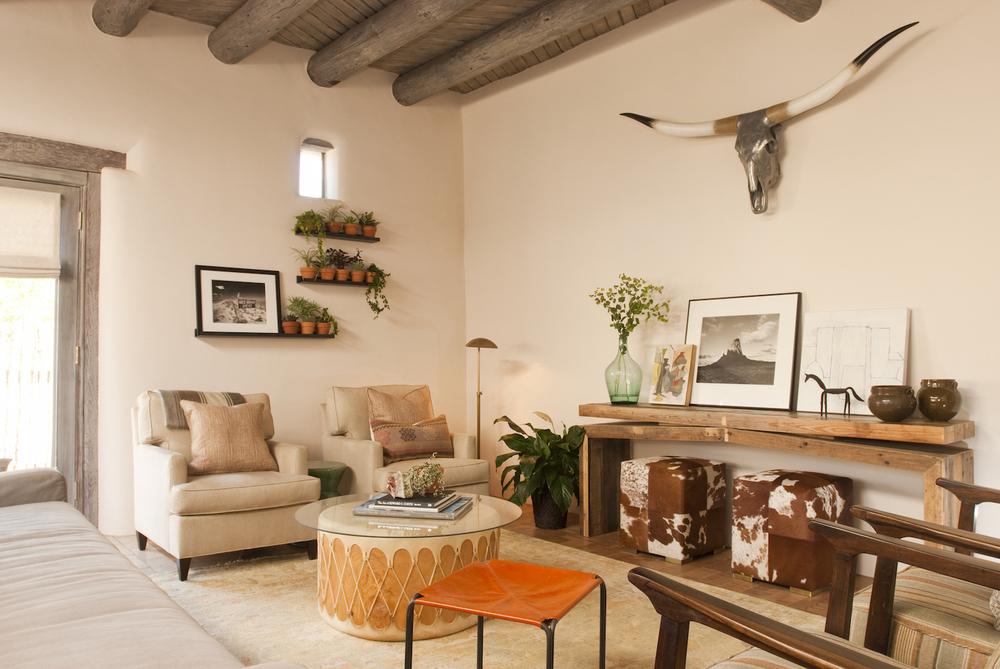 livingroom 320140918_0393_retouch.jpg