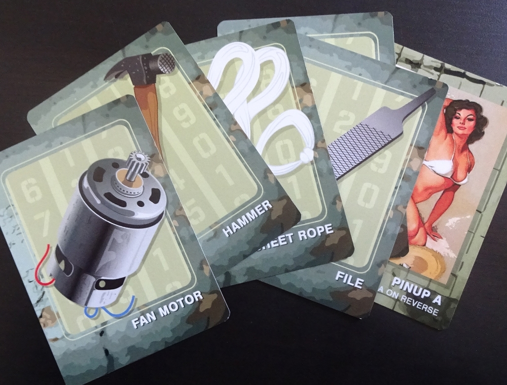What do you need to escape? Solve puzzles to obtain items, then trade for the best set!