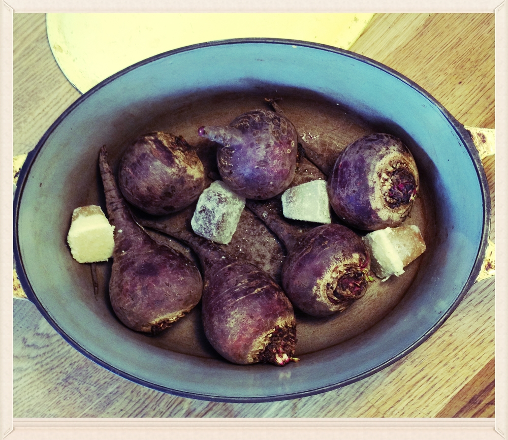 Roasting beets sans aluminum foil: put the in a wide pot with lid, throw in a few ice cubes' worth of meat stock or bone broth, and roast at 425F for about an hour, until they're cooked.