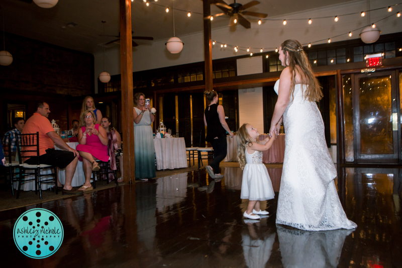 Palafax Wharf Wedding - Wedding Photographer in Pensacola ©Ashley Nichole Photography-87.jpg