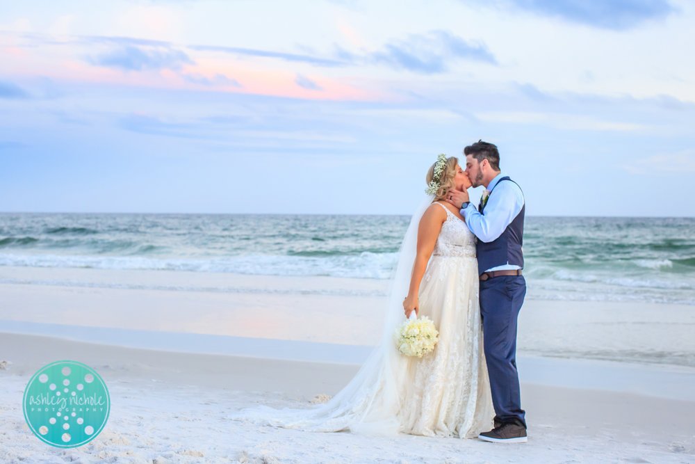 Surfside Resort- Destin Florida- Wedding Photograher ©Ashley Nichole Photography-302.jpg