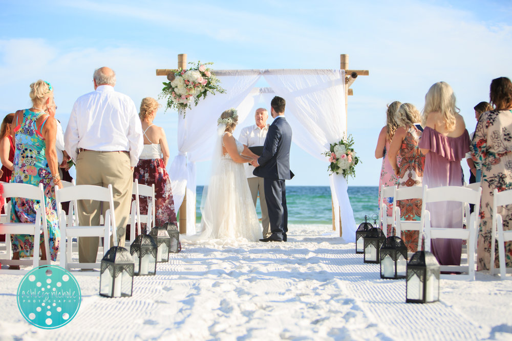 Surfside Resort- Destin Florida- Wedding Photograher ©Ashley Nichole Photography-111.jpg