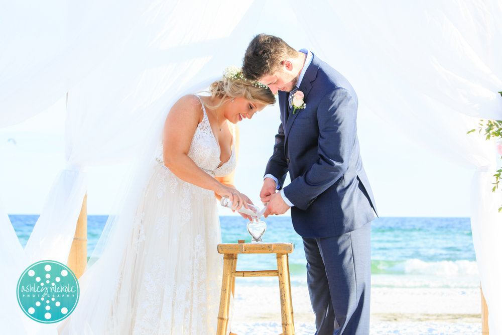 Surfside Resort- Destin Florida- Wedding Photograher ©Ashley Nichole Photography-184.jpg