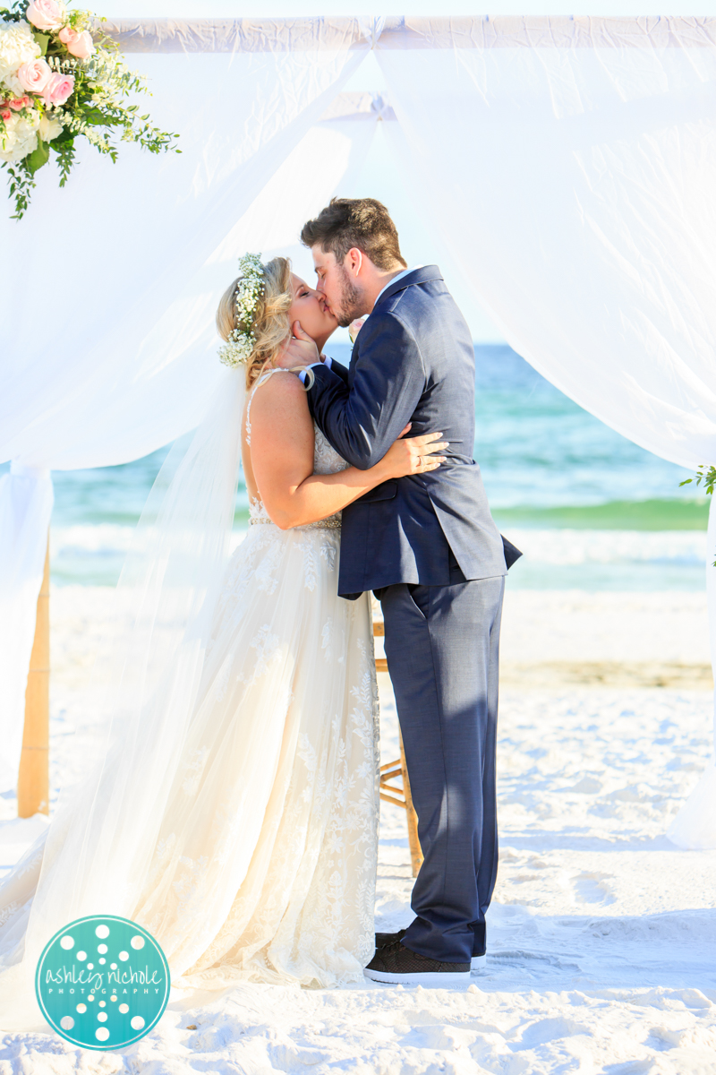 Surfside Resort- Destin Florida- Wedding Photograher ©Ashley Nichole Photography-200.jpg