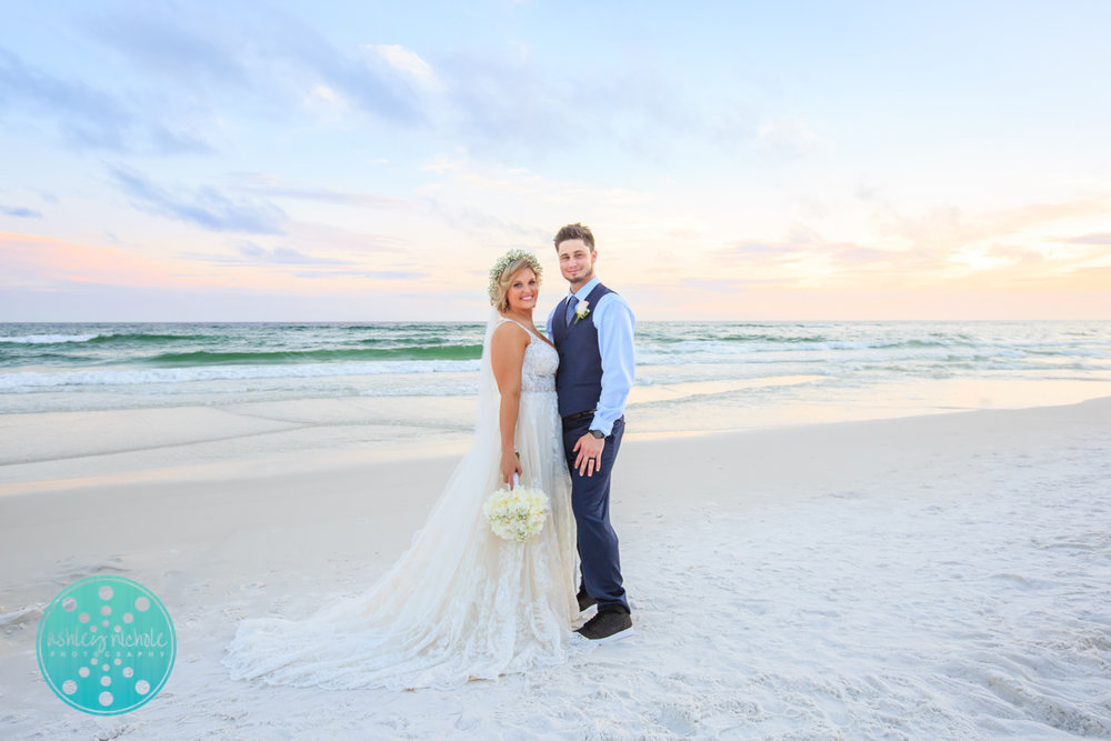 Surfside Resort- Destin Florida- Wedding Photograher ©Ashley Nichole Photography-284.jpg