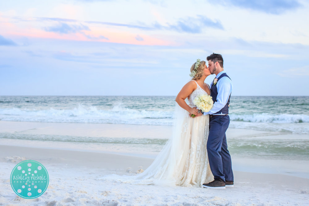 Surfside Resort- Destin Florida- Wedding Photograher ©Ashley Nichole Photography-300.jpg