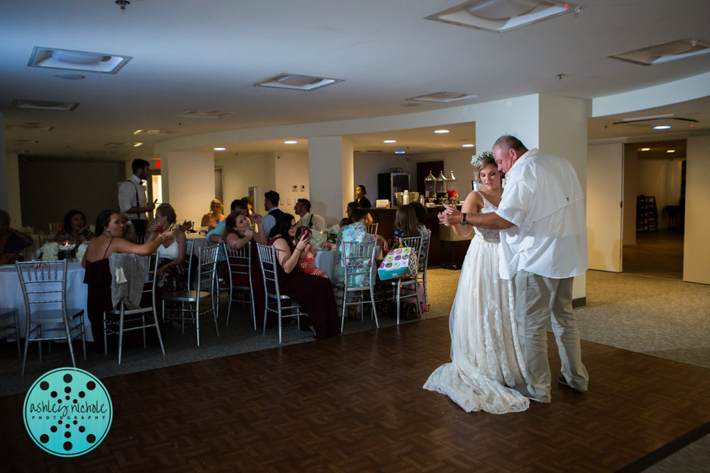 Surfside Resort- Destin Florida- Wedding Photograher ©Ashley Nichole Photography-401.jpg