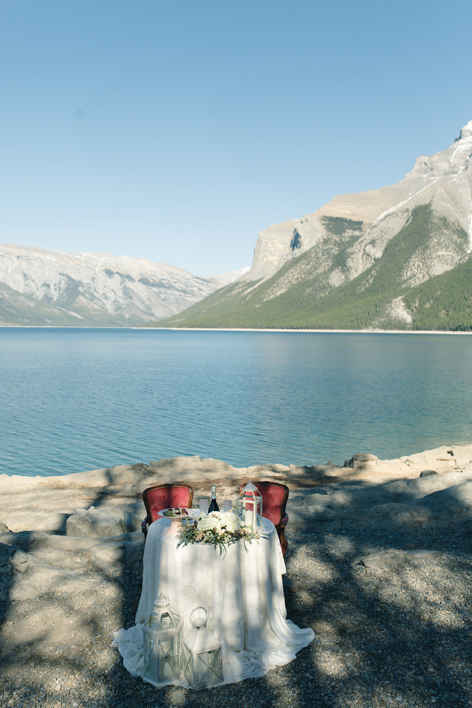 mountain tablescape