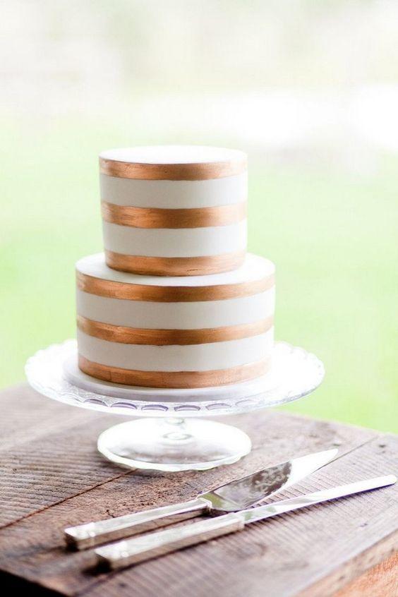 copper rimmed cake