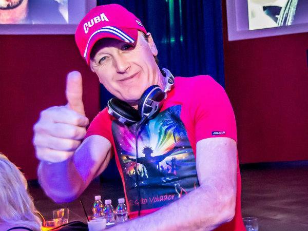 DJ El Gato Volador