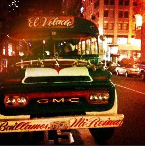 Timbus Flash Mob Rueda Tour of San Francisco 1.jpg