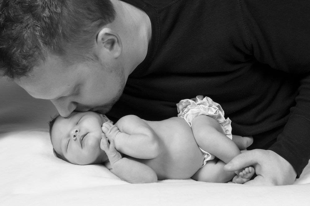 2014-11-18_Tinley Fader_newborn (88)-2.jpg