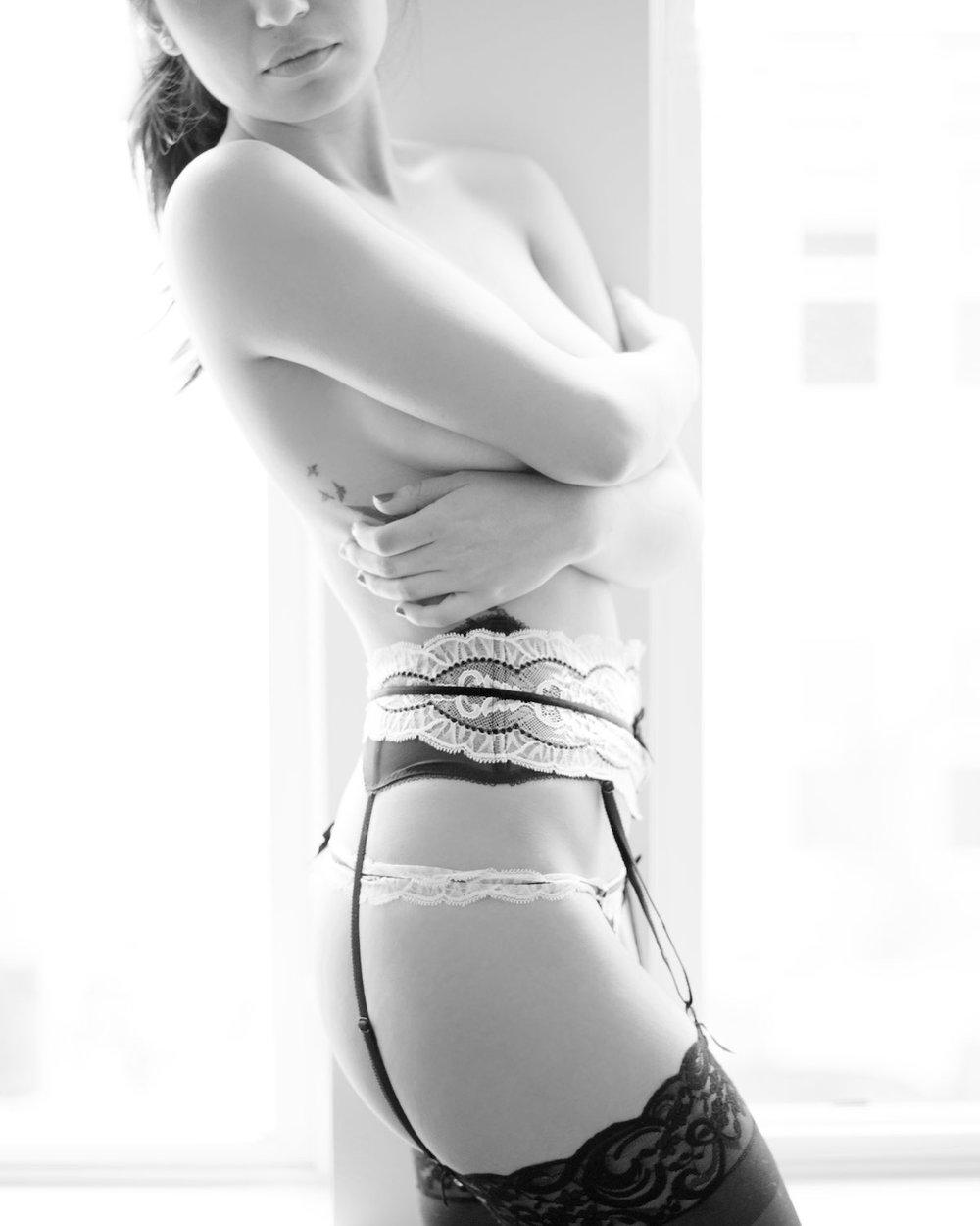 lingerie-nude-michal-pfeil-05.jpg