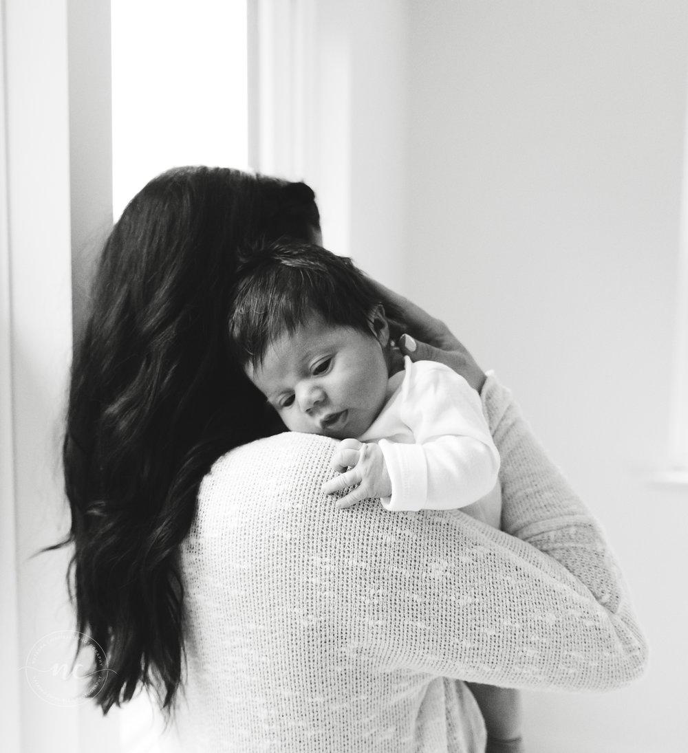 b&w newborn photography