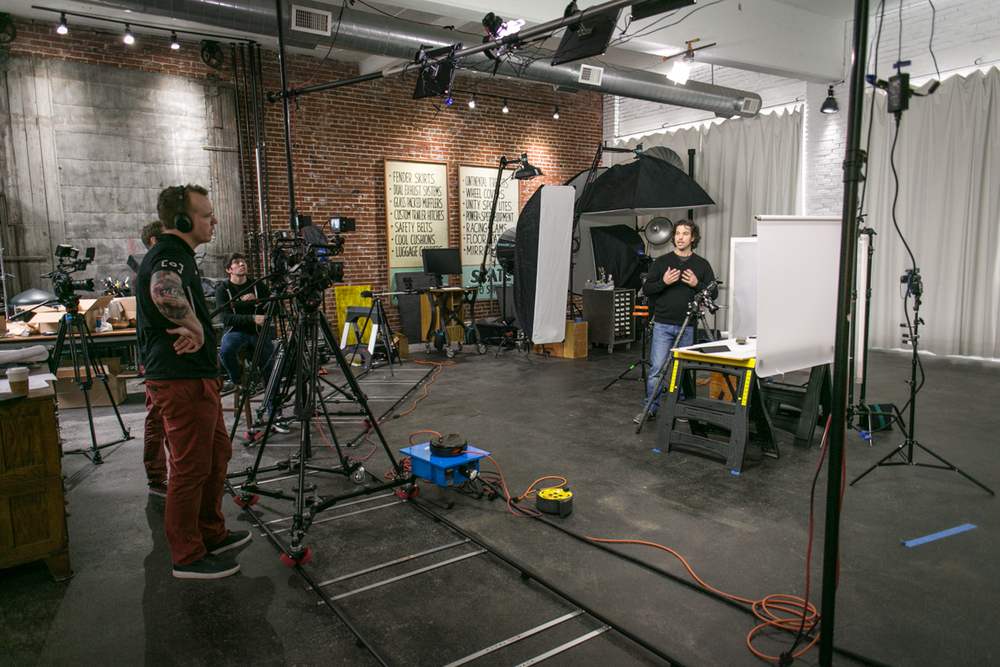 RGG_EDU_Photography_BTS_VIDEO_Product_Photography-0479.jpg