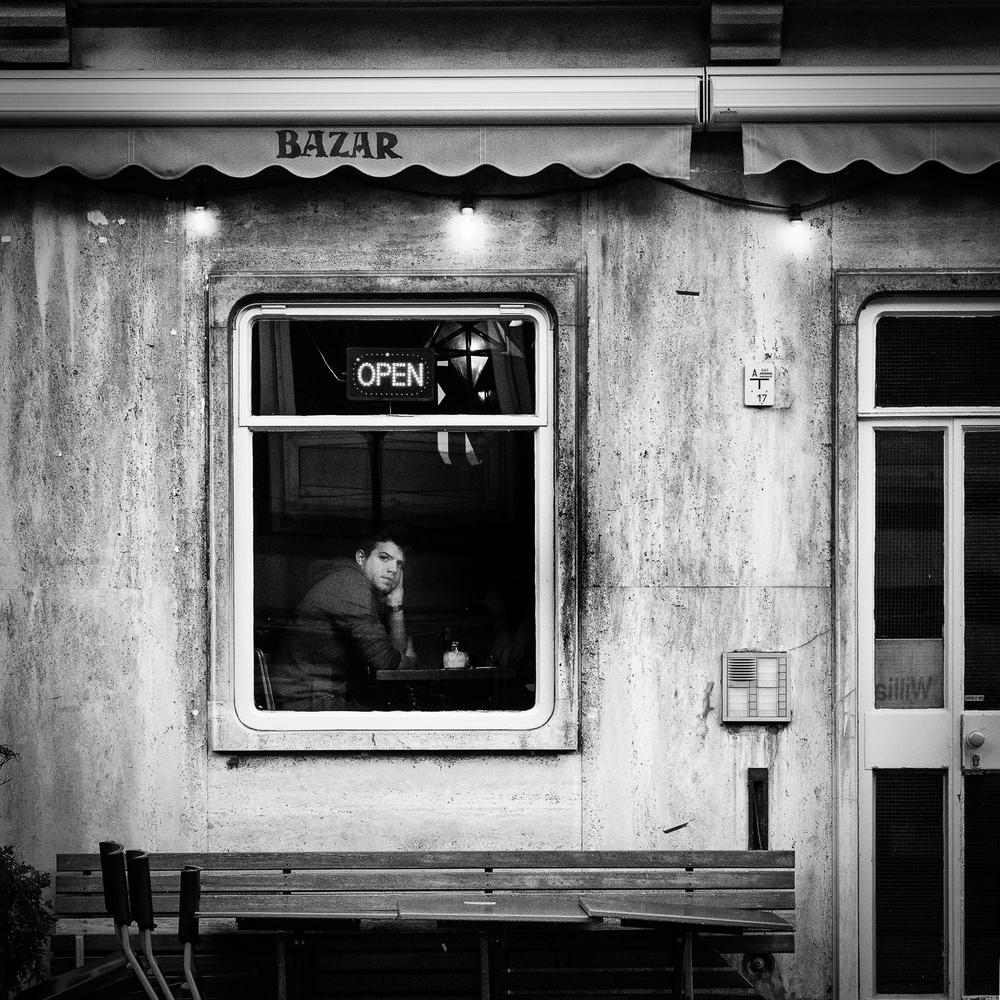 Bazar_window.jpg