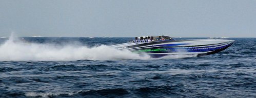 Curt Watkins had the largest boat at Boyne Thunder - his sleek 52' Skater with Mercury Racing 1350s.  Riding with him was WMO sponsors Daniel Martin (Iconic Marketing) and Jon Rooks (  The Wharf Marina ,  Lakehouse Restaurant  ).