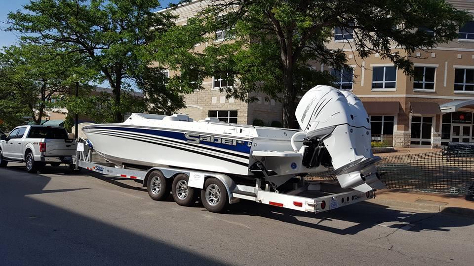 28 saber outboard.jpg