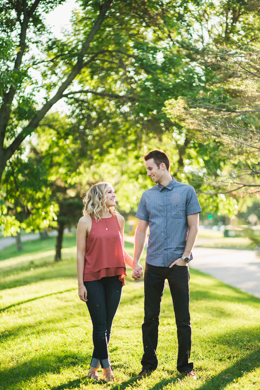 Lake Calhoun Engagement Session (3 of 31).jpg