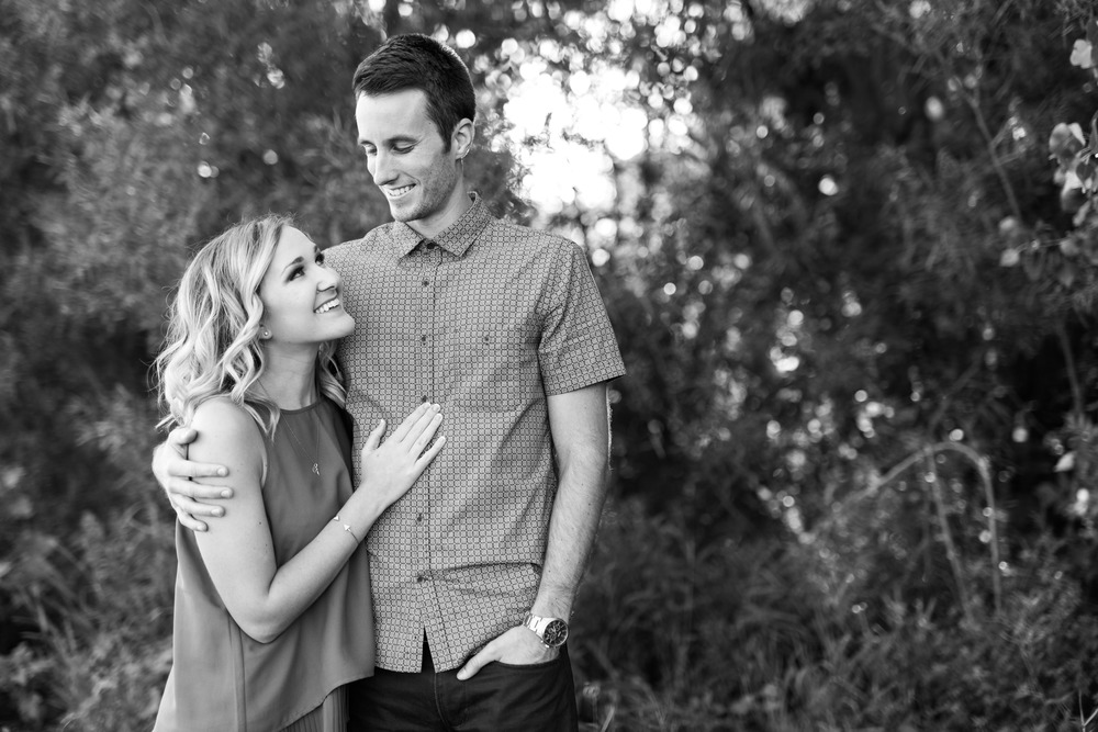 Lake Calhoun Engagement Session (6 of 31).jpg