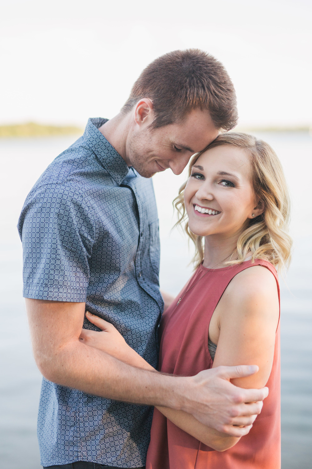 Lake Calhoun Engagement Session (7 of 31).jpg