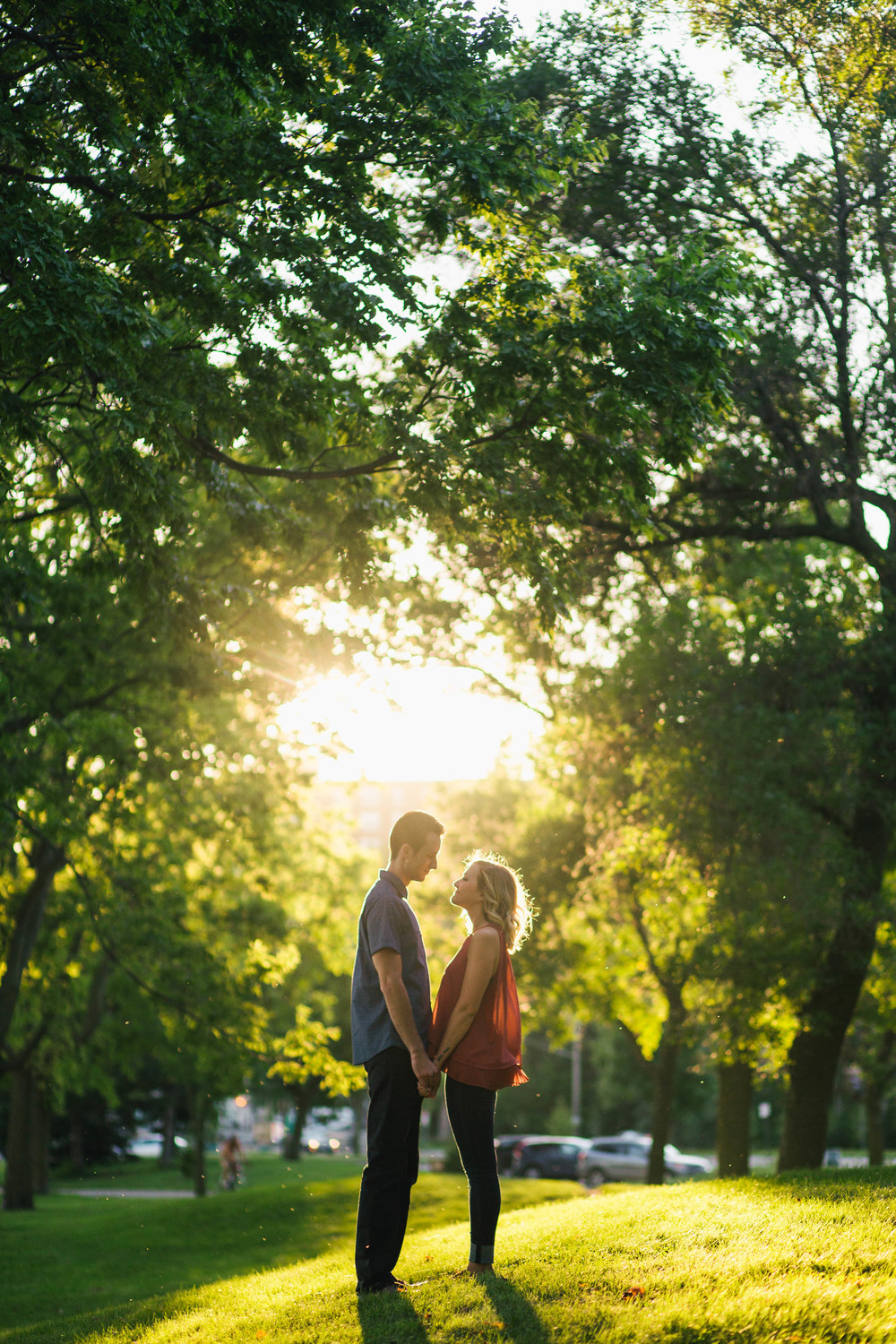 Lake Calhoun Engagement Session (11 of 31).jpg