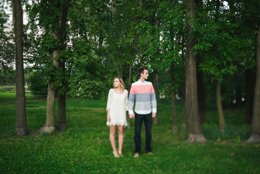 Lake Calhoun Engagement Session (29 of 31).jpg