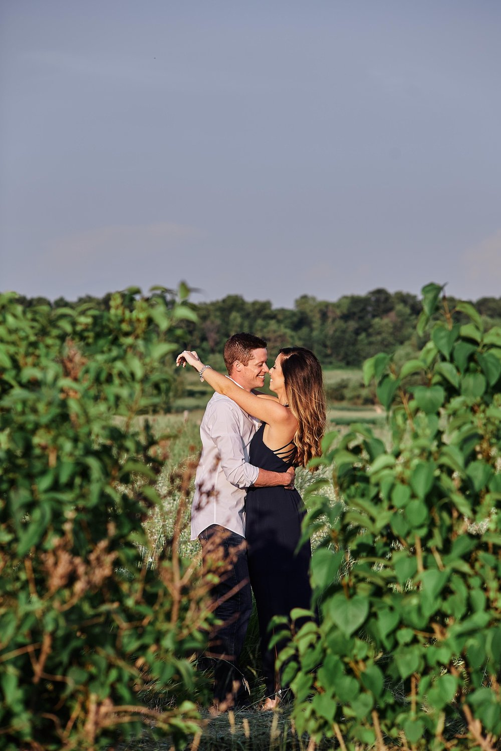 Strawberry-Farm-Engagement-Session-Alexandria-Minnesota-Outdoor_0189.jpg