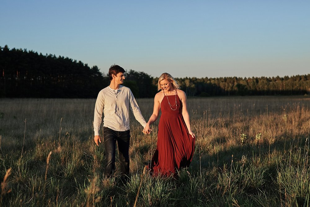 Minnesota-Engagement-Session-outdoors-Up-North-Minnesota_0372.jpg