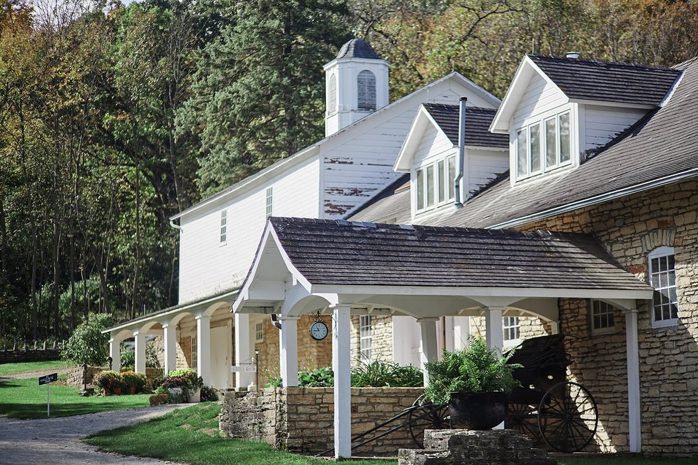 Maywood-Stone-Barn-Wedding-Rochester-Minnesota-Perry-James-Photo_0541.jpg